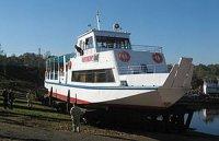 Пинский судостроительный завод спустил на воду пассажирский теплоход