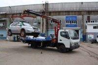 """Специалисты автозавода """"Чайка-Сервис"""" установили КМУ на эвакуатор Mitsubishi Fuso"""