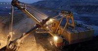Американский экскаватор добывает уголь в Кемеровской области