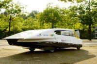 Студенты из Голландии собрали семейный автомобиль на солнечных батареях