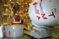 """Пилотируемый космический корабль """"Союз ТМА-12М"""" готовят к проверкам на герметичность"""