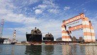Два полупогружных транспортных судна покинули док верфи Yantai CIMC Raffles