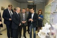 Полпред Президента в СЗФО познакомился с разработками петербургских политехников