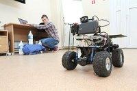 Томские политехники выиграли грант на создание роботов-учителей для российских школ