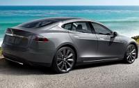 """Tesla Motors выводит на рынок свой """"бюджетник"""""""