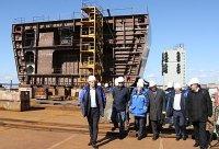 На ВСЗ приступили к формированию корпуса судна проекта Arc130А