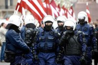 Оружие полиции Латвии станет ближе к стандартам НАТО