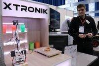 Резидент СБИ ТУСУР показал прототип робота-повара