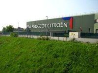 Автопроизводитель PSA Peugeot Citroen увеличил чистую прибыль в первом полугодии