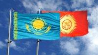 Кыргызстан получает от Казахстана оружие и боеприпасы