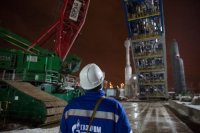 На Московском НПЗ идет монтаж высокотехнологичного оборудования установки переработки нефти «Евро+»