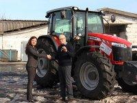 Самарский фермер первым в России стал владельцем трактора MasseyFerguson 6713