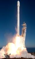 Ракета Falcon 9 стартовала со спутником связи