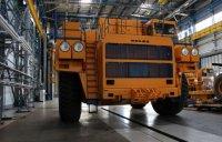 С конвейера сошел самосвал БЕЛАЗ-75306 грузоподъемностью 220 тонн