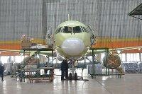 """АО """"Авиастар-СП"""" установило интерьер на пятом в этом году самолёте SSJ 100"""