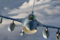 Срок эксплуатации истребителей F-16 могут продлить