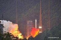 Китай запустил в космос спутник связи с ионным электрическим двигателем
