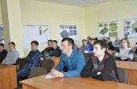 Молодые специалисты курганских предприятий «Тракторных заводов» изучают боевые машины