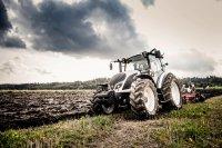 AGCO запускает новую серию тракторов Valtra