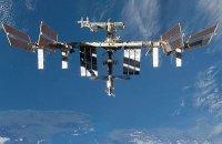 Солнечные панели американского сегмента МКС повреждены?