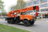 АвтоКрАЗ поставит заказчику 25-тонный автомобильный кран КС-55713 на полноприводном шасси