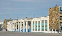 Волгоградский тракторный завод посетил замминистра обороны РФ