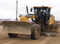 Дорожно-строительная компания Новосибирска получила автогрейдер John Deere