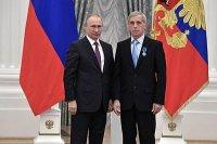 Высокая государственная награда вручена сверловщику Уралтрансмаша
