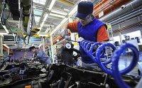 Правительство увеличивает поддержку автопрома и машиностроения