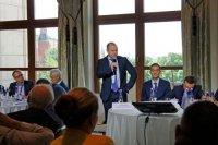 Помощник президента РФ Андрей Белоусов призвал защитить Россию от импортной электроники