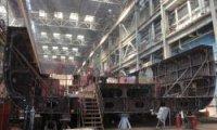 Губернатор Астраханской области ознакомился с ходом строительства круизного лайнера